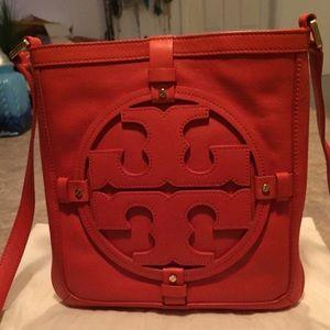 ef7af7a5860 Tory Burch Bags - Tory Burch Leather Holly Crossbody Bag Purse
